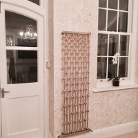 Aeon Abacus radiator with gold globes